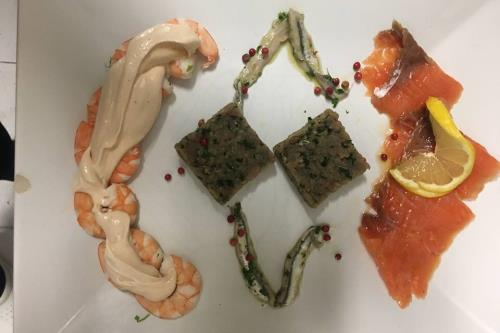 Prodotti di Mare Ristorante Pizzeria Da Cristia a Collemarino Ancona