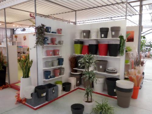 Vendita accessori per il giardinaggio vivaio brescia