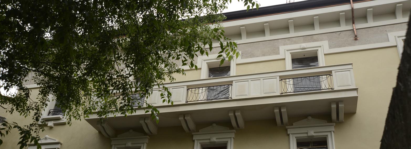 balcone in marmo