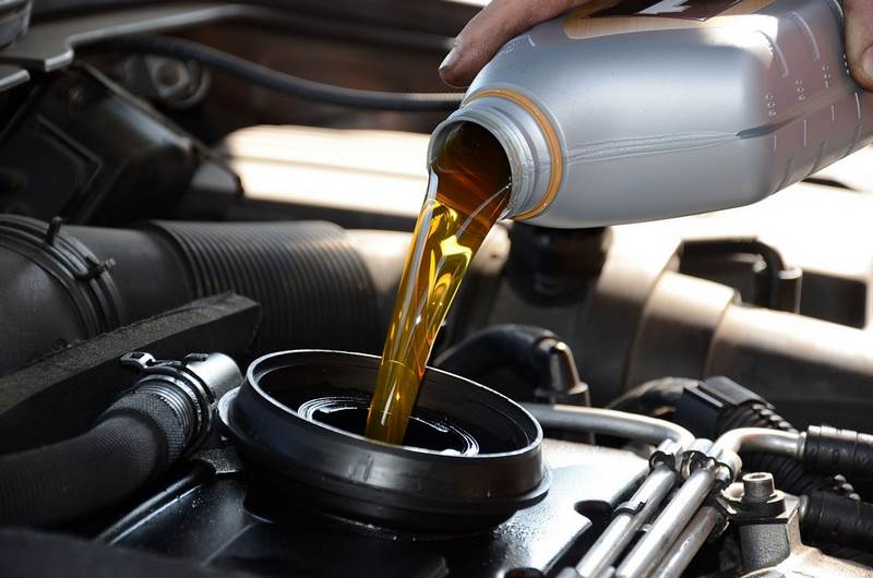olio lubrificante auto oliena