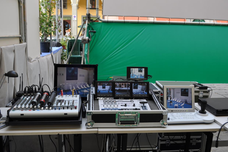 impianti amplificazione convegni Carrara