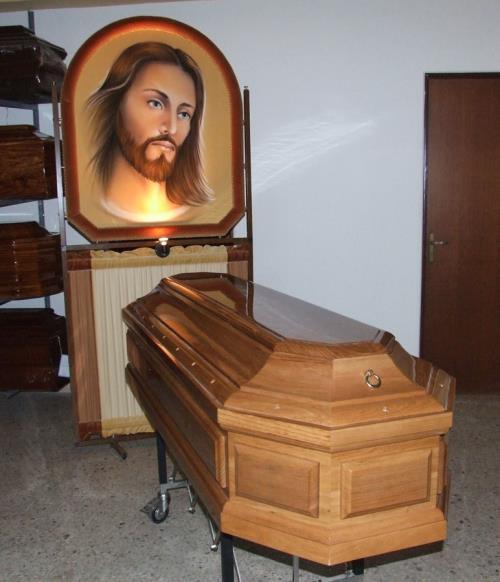 Fornitura cofani funebri