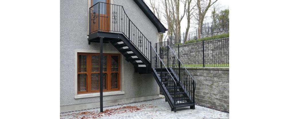 Scale in ferro da esterno