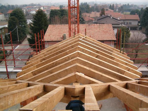 costruzione tetti in legno Como