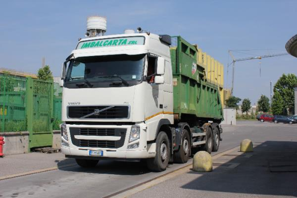 attrezzatura rifiuti riciclabili