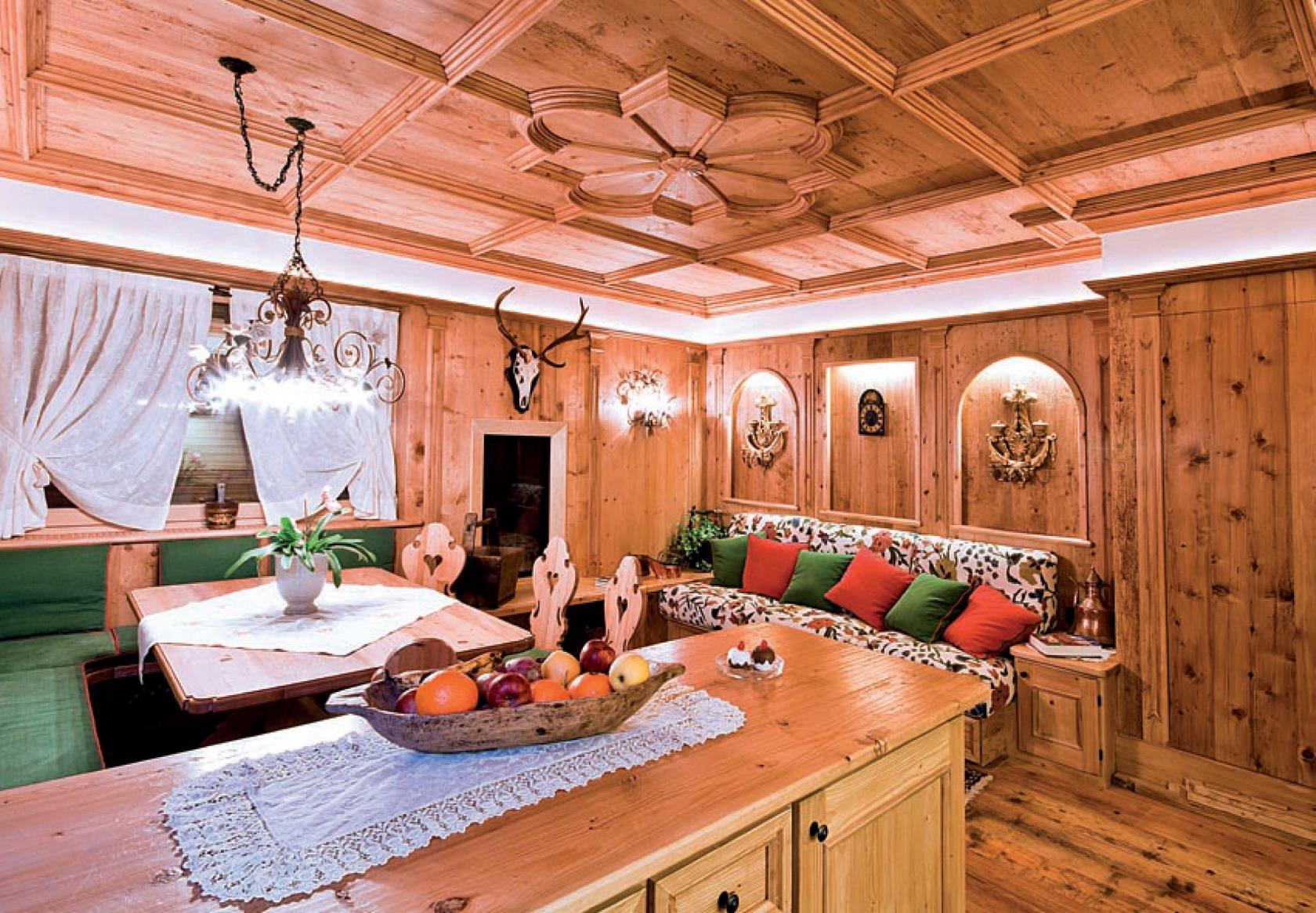 Decorazione pittorica legno Cortina d'Ampezzo
