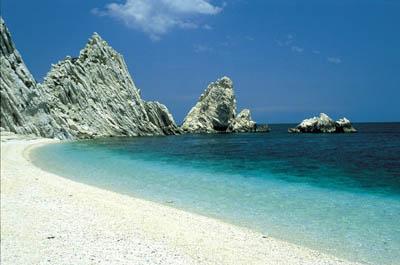 Spiaggia Due Sorelle Sirolo Ancona
