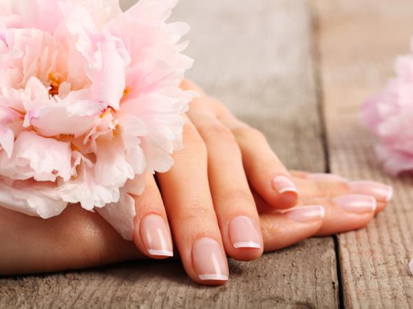 manicure smalto semipermanente bergamo