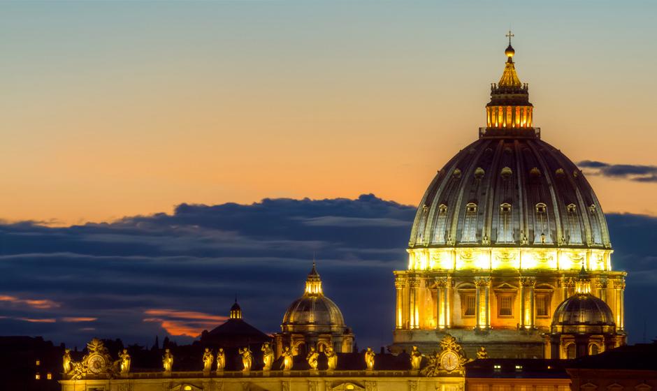 Sale of rosaries Rome