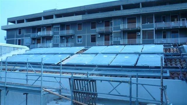 Solare termco per albergo del centro di catania