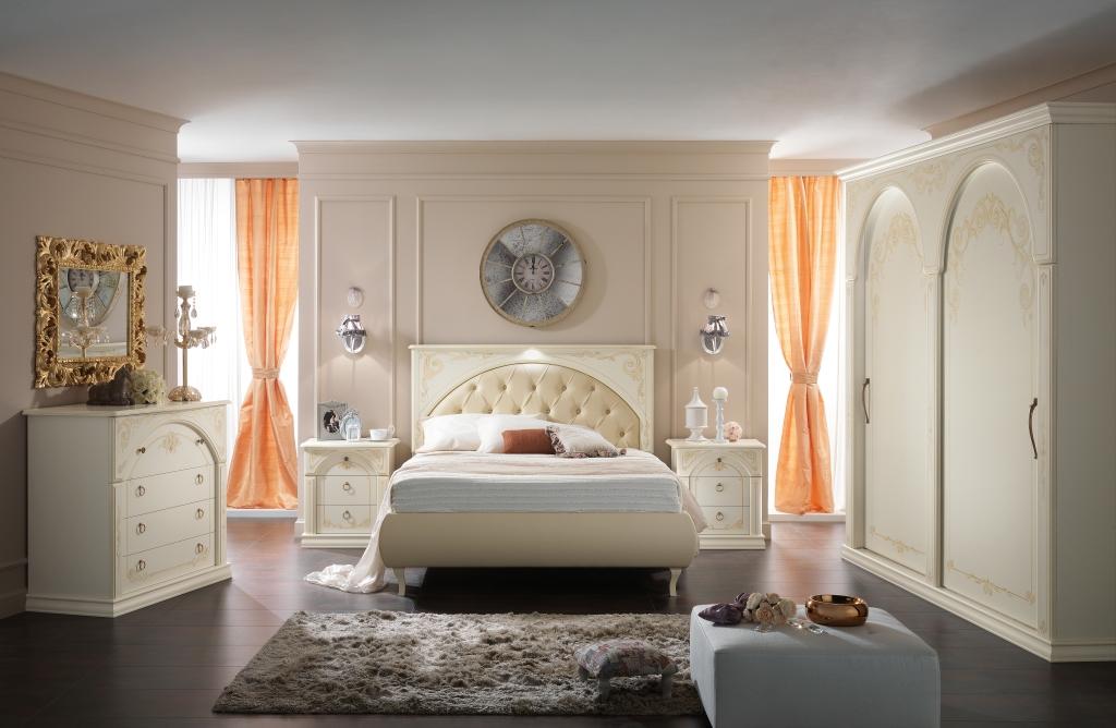 Camere da Letto in Stile Classico a Crotone