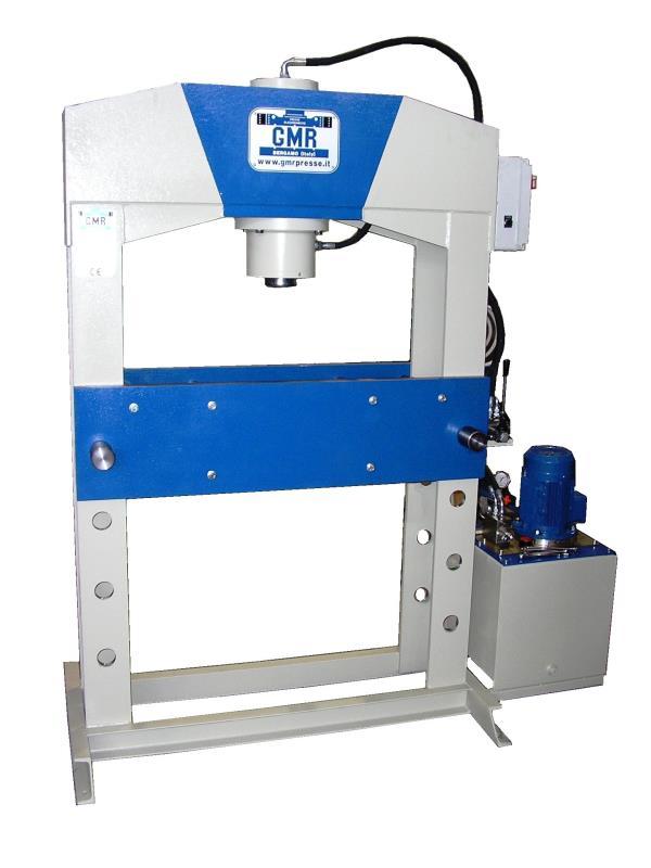 Standard hydraulic presses