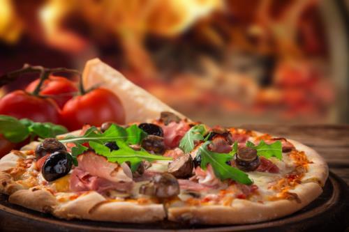 pizza capricciosa Falconara Marittima