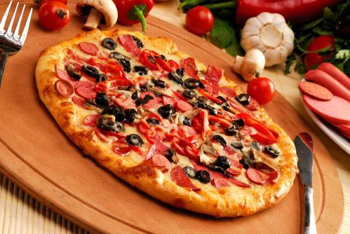 pizza con olive nere Falconara Marittima