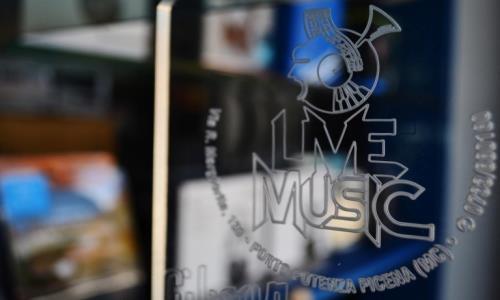 Live Music strumenti musicali Civitanova