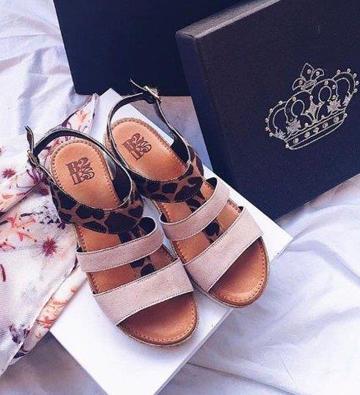 sandali con disegno leopardo Calzaturificio B2