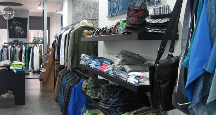 abbigliamenti-per-uomini