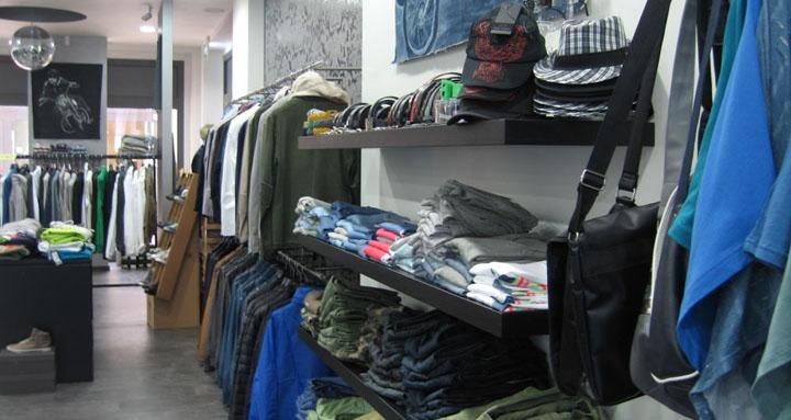 Diversi Abbigliamento