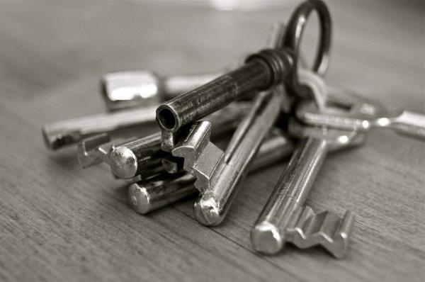 duplicazioni-chiavi-telecomandi-roma-torvaianica