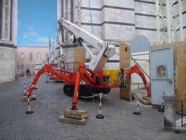 noleggio piattaforme ragni di gennaro nicola roma