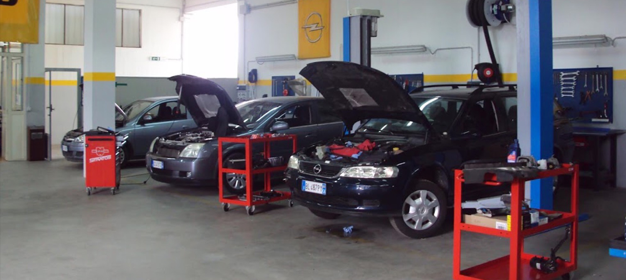 meccanici Opel
