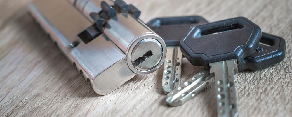 Apertura di porte, serrature e cilindri di alta sicurezza