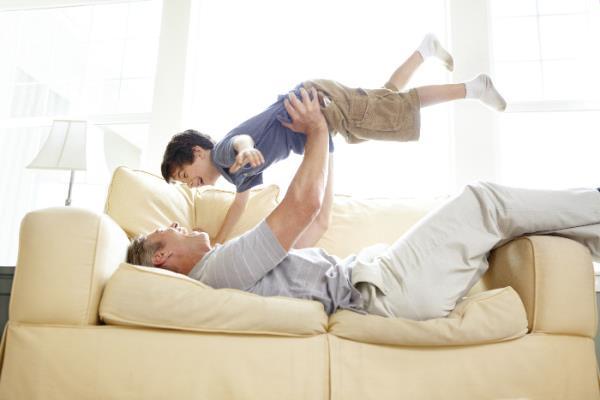tappezzerie, rifacimento divani, poltrone, letti e imbottiti provaglio d'iseo