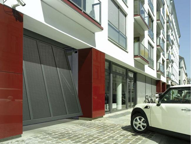 installazione-automatismi-per-porte-basculanti-roma-magliana