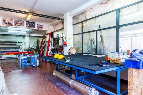 Laboratorio artigianale infissi Sassari