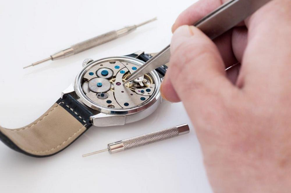 restauro orologi Crotone