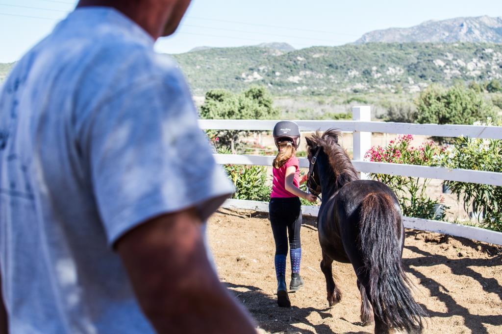 Istruttori equitazione olbia