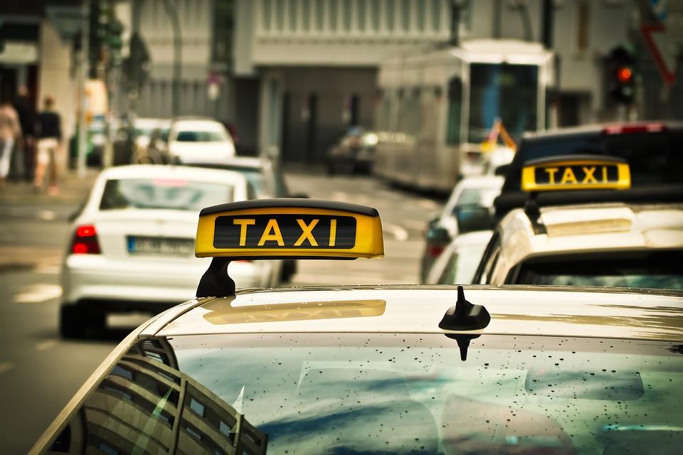 Servizi navetta taxi