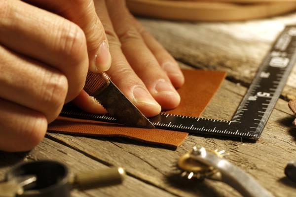hand-made leather accessories
