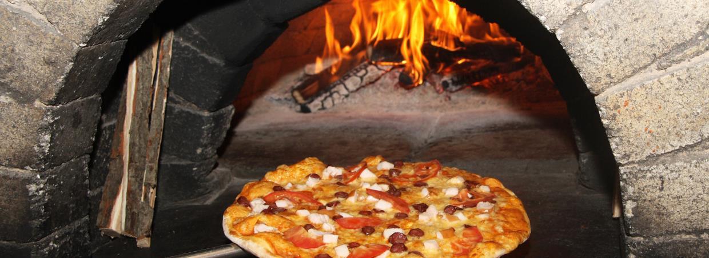 Pizzeria con forno a legna a Minturno Latina