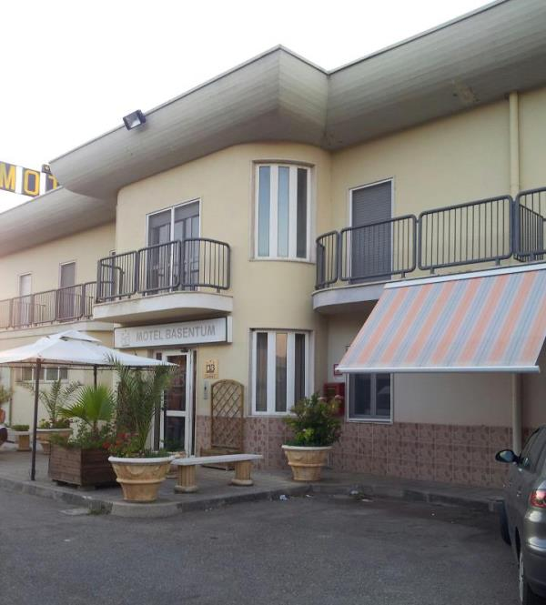 Camere Motel  Basentum a Salandra Matera