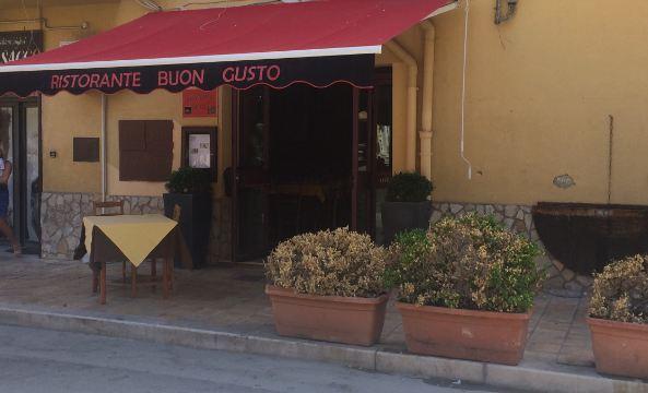 RISTORANTE IN VIA ROMA A PORTO EMPEDOCLE