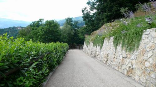 Costruzione muro di cinta a Borgo a Mozzano Lucca