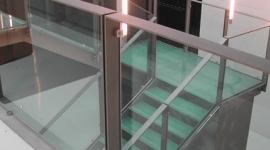 scala in vetro, gradini in vetro, scale su misura