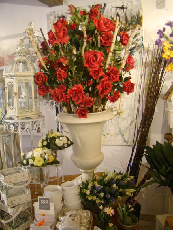 Vasi di Fiori Tutto Rose e Fiori a Osimo Ancona