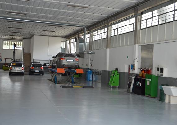 Attrezzatura Autofficina RB2 a Poggibonsi Siena