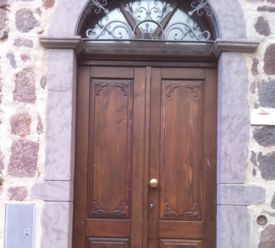 Porta Falegnameria Trogu a Paulilatino Oristiano