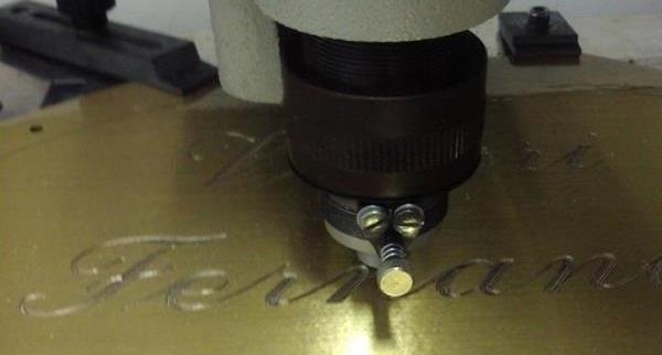 Incisioni con marcatura laser dei metalli