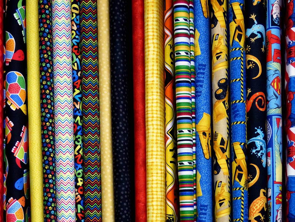 Tessuti per abbigliamento lecco