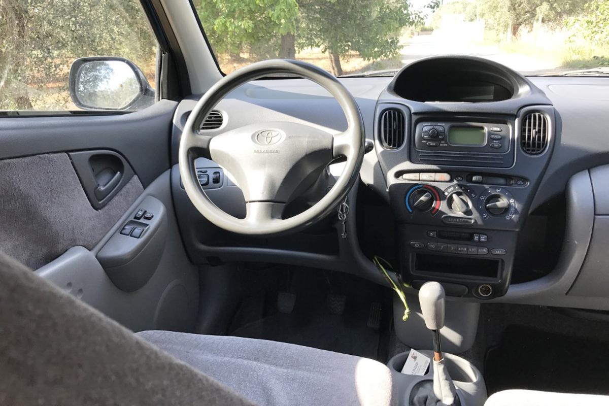 Toyota Interno Domenico Cavallo a Lizzano Taranto