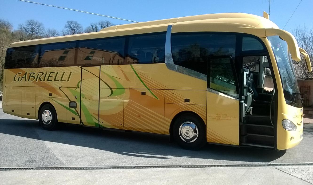 Autobus Gabrielli Autonoleggio a Genga Ancona