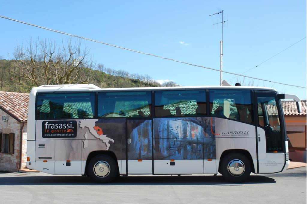Bus Granturismo Gabrielli Autonoleggio a Genga Ancona