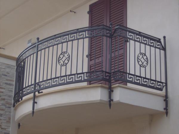 Realizzazione Balconi e Parapetti su misura Bergamo