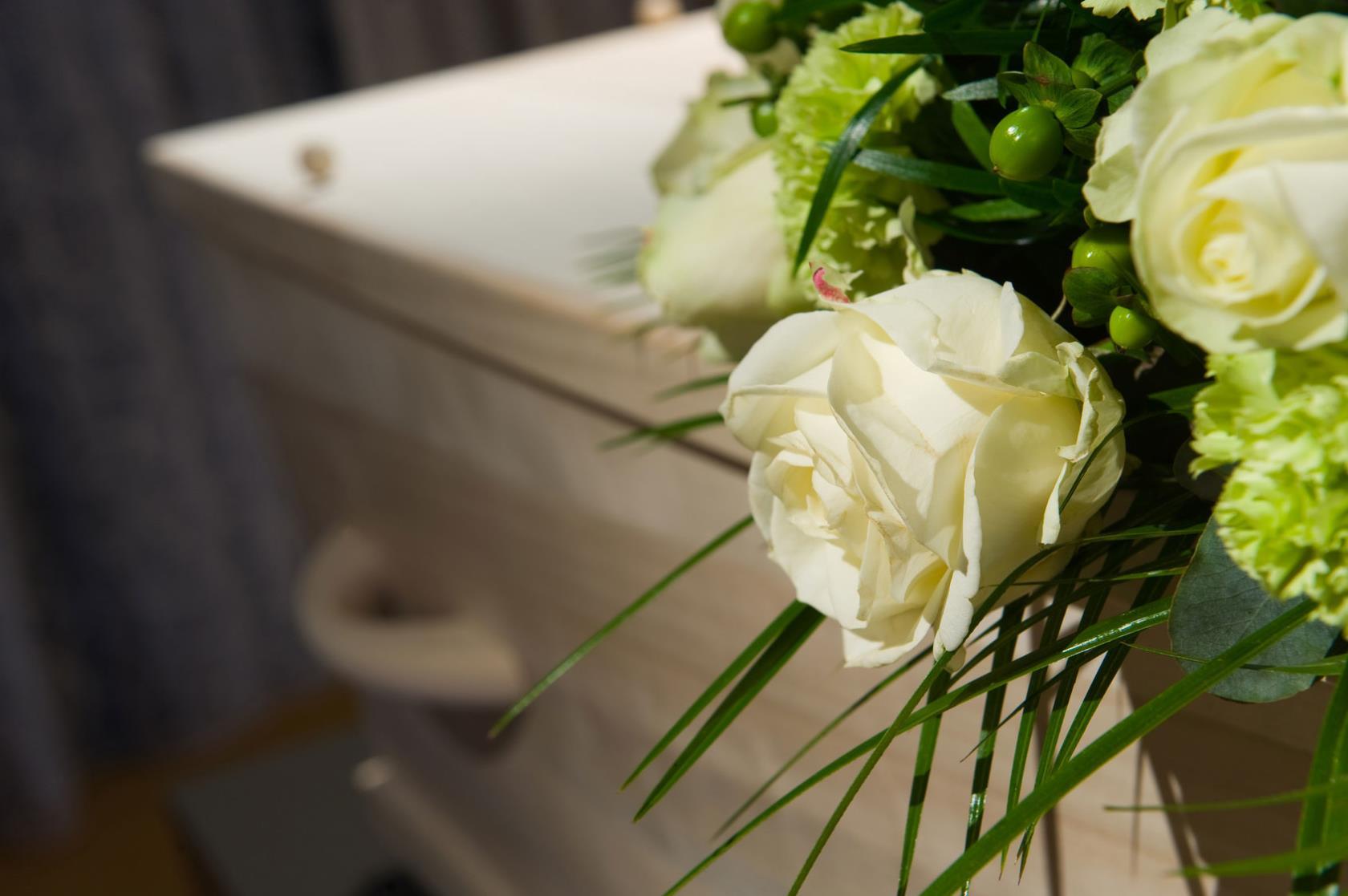 composizioni floreali funerali vicenza