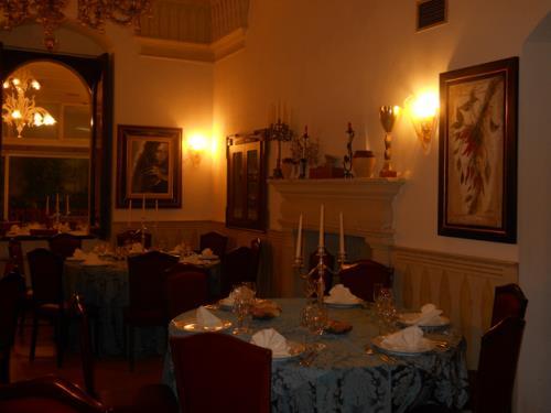 Sala Gialla a Villa Della Monica Lecce