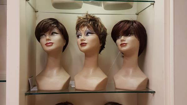 Vendita di Parrucche La Casa della Parrucca a Livorno